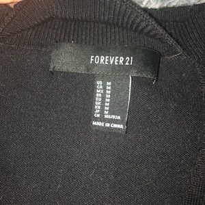 Forever 21 Tops - Fitted crop top